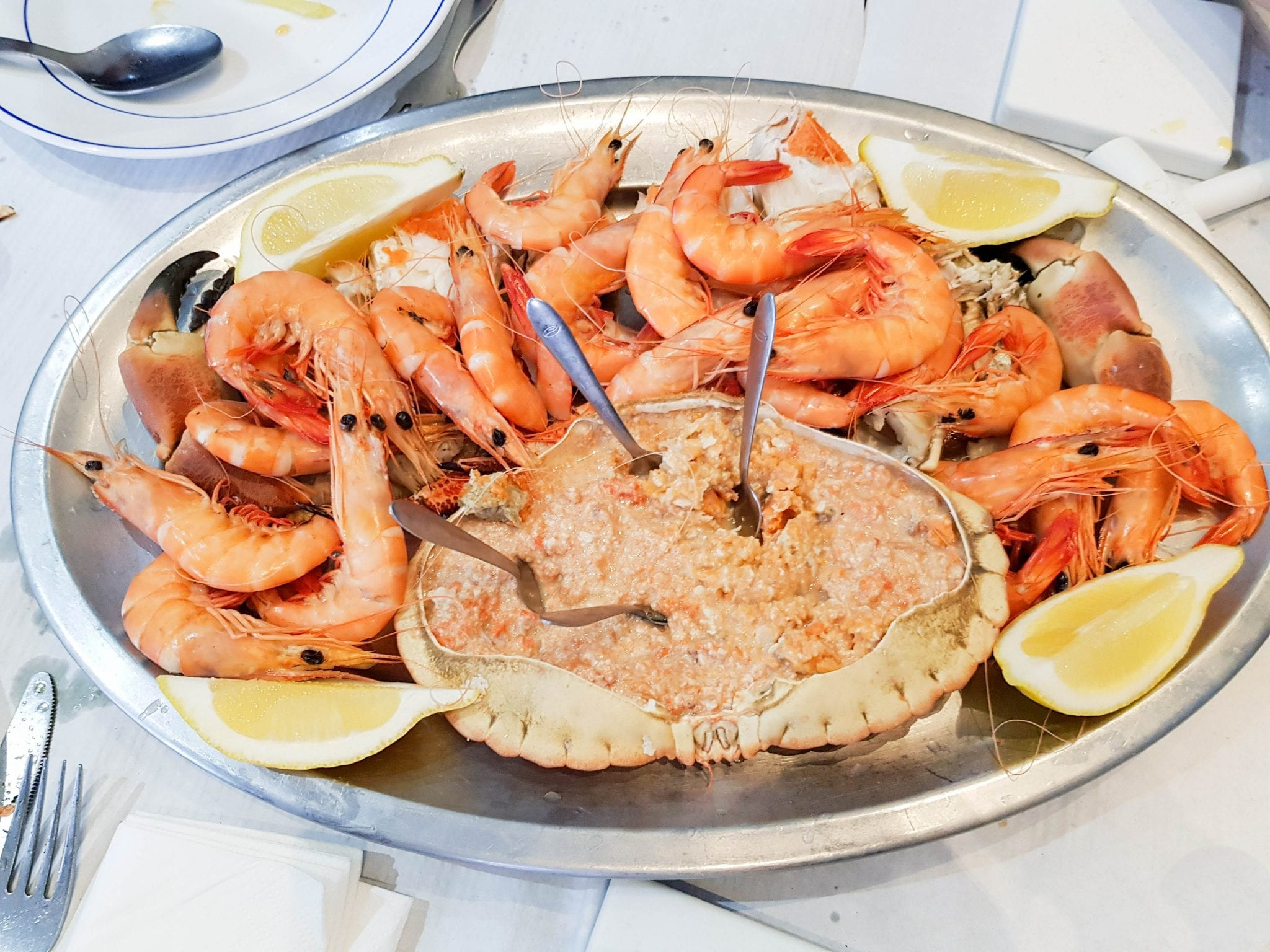 Lisbon fresh seafood - prawns and crab!