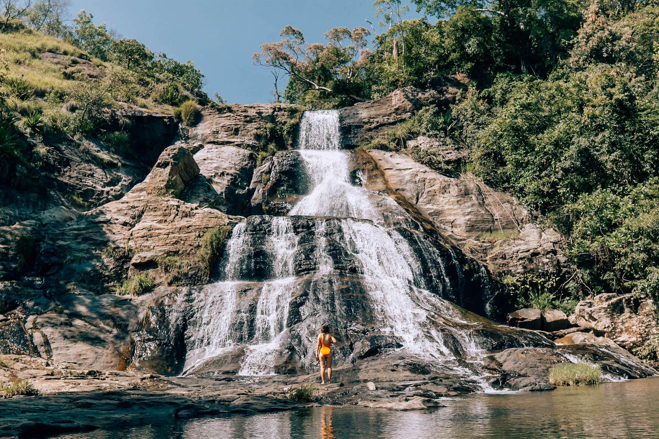 Diyaluma Falls-10