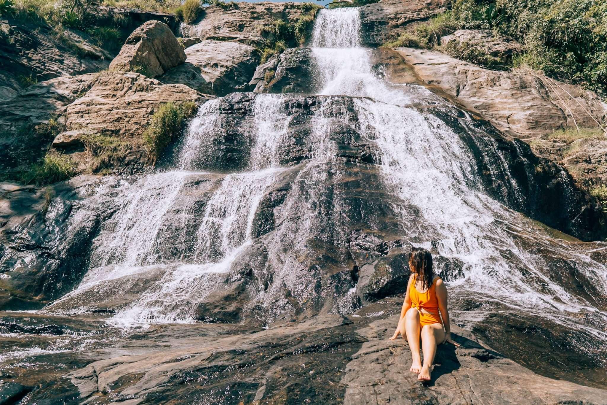 Diyaluma Falls-15