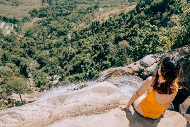 Diyaluma Falls-2