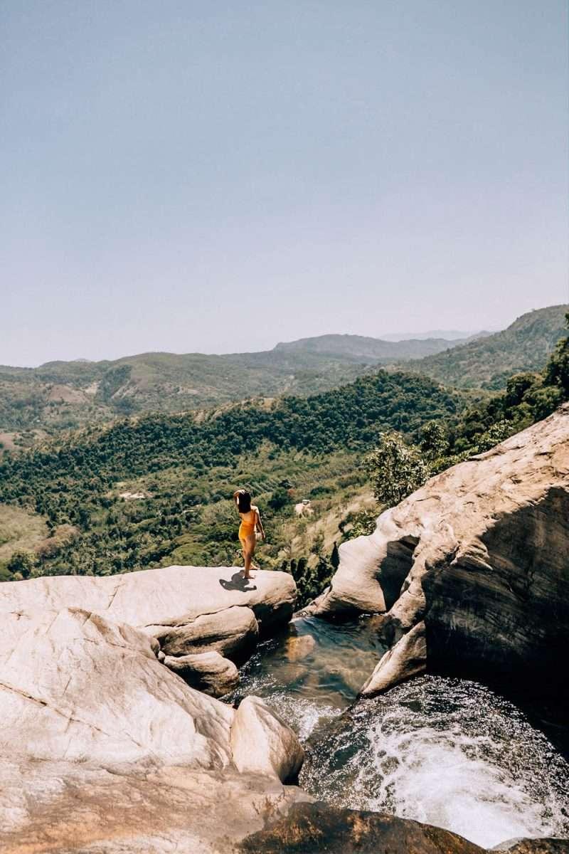 Diyaluma Falls-5