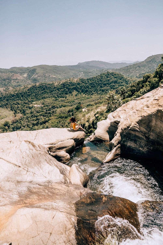 Diyaluma Falls-7