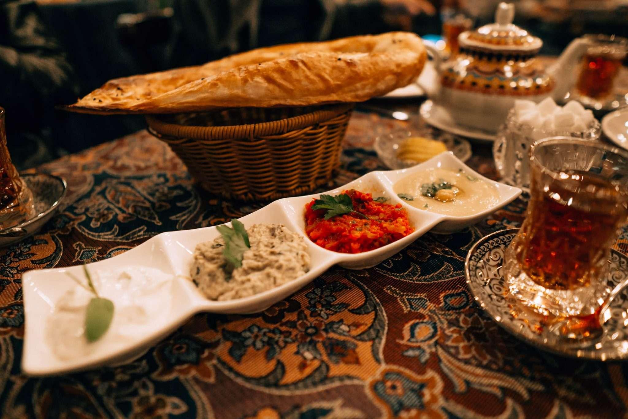 Qaynana, Baku